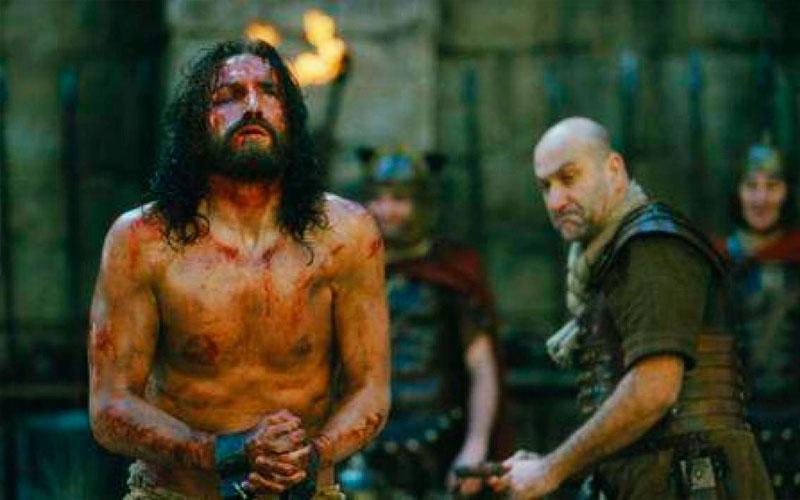 Jesús camina entre lo humano y la aceptación del plan divino - ArtesUnidas.com