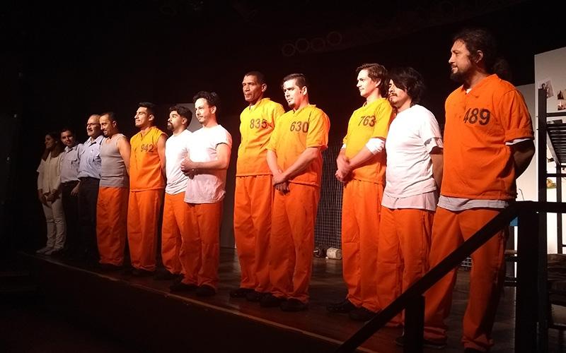 Asistimos al estreno de Encarcelados de Abuelo Producciones - ArtesUnidas.com