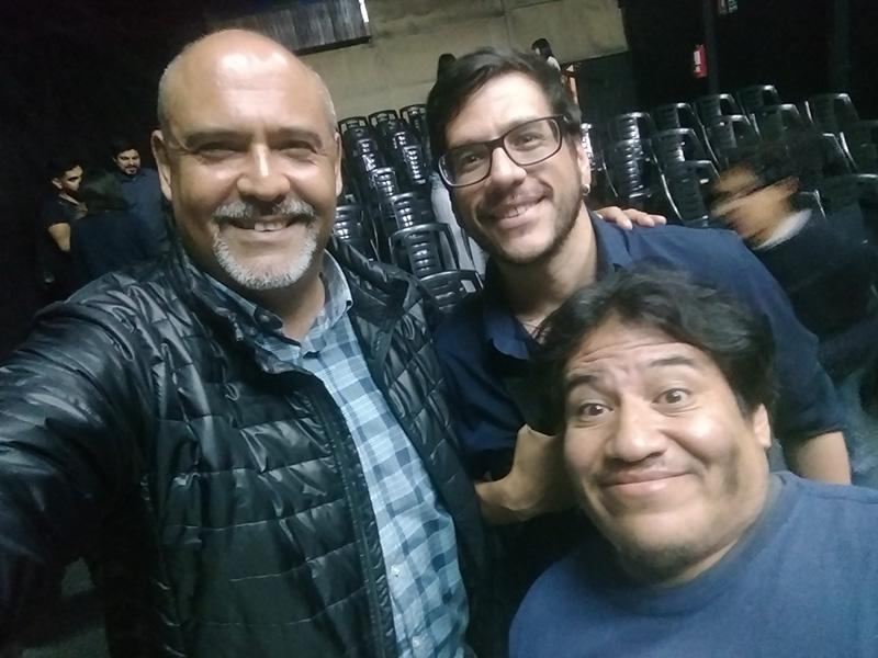 Sergio González con Patricio Villavicencio y Javier Pérez - ArtesUnidas.com