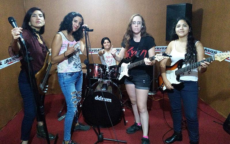 Entrevistamos a la Banda Femenina Catarsis - ArtesUnidas.com
