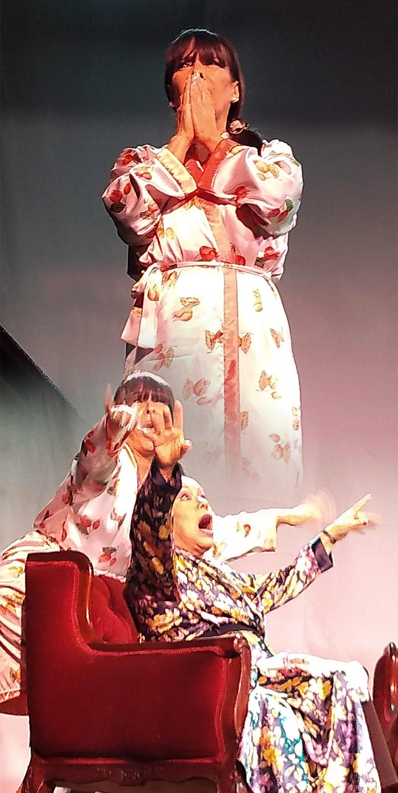 Haydeé Cáceres y Silvia Bardales nos divierten muchísimo en Señoritas a Disgusto - ArtesUnidas.com