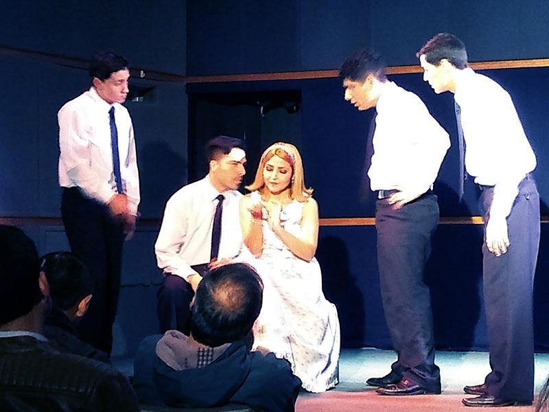 Obra de Teatro Los Cachorros - ArtesUnidas.com